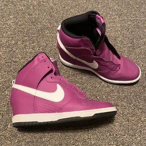 Nike Wedge Sneaker